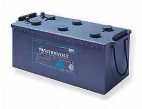 64001400 Batería MVG (Gel) 12/140Ah. Con el electrolito en forma de gel la evaporación de éste es menor, por lo que aumenta su durabilidad y permite un mayor número de ciclos de carga y descarga. Vista en perspectiva lateral
