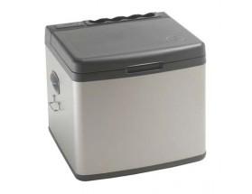 TB045NN700AE TB45A - Nevera de 45 litros - 12/24VCC - 115/230VCA - 45W. Permite un uso sencillo y económico del frigorífico. Vista del frontal con la puerta cerrada